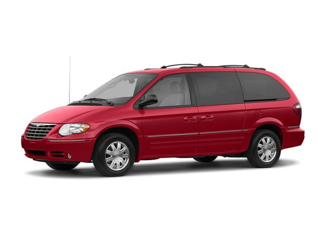 Pre-Owned 2005 Chrysler Town & Country VAN BASE