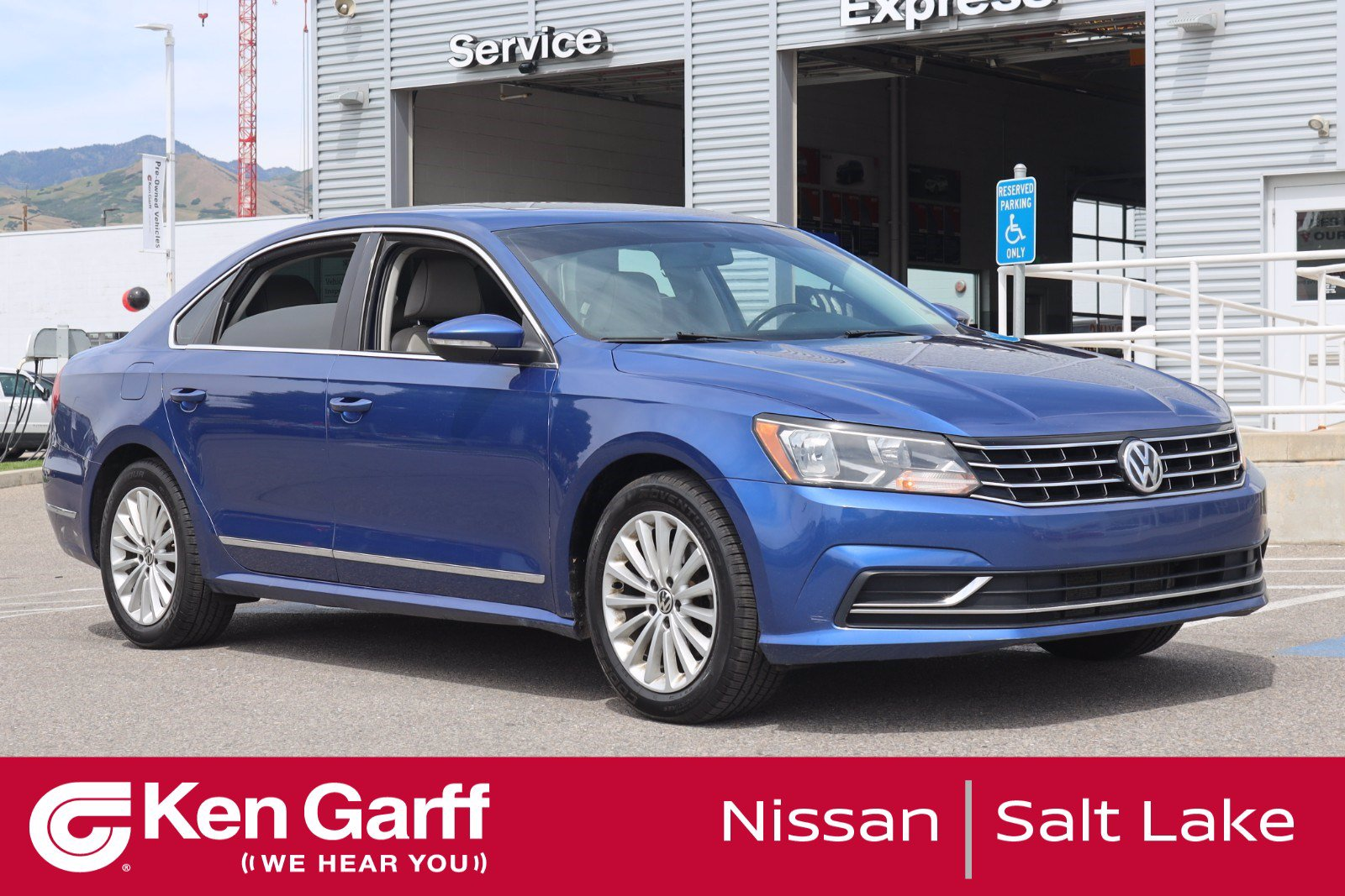 Pre-Owned 2016 Volkswagen Passat 4DR SDN 1.8T SE AT