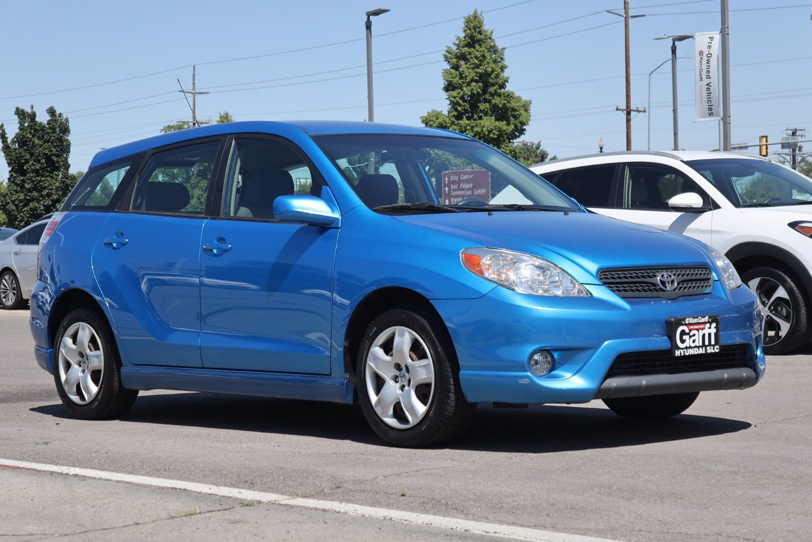 Pre-Owned 2008 Toyota Matrix STD